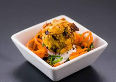 Catering-Fingerfood-Baellchen-Mandel